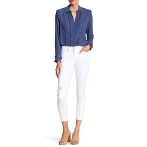 NWT Nicole Miller white destroyed skinny jeans